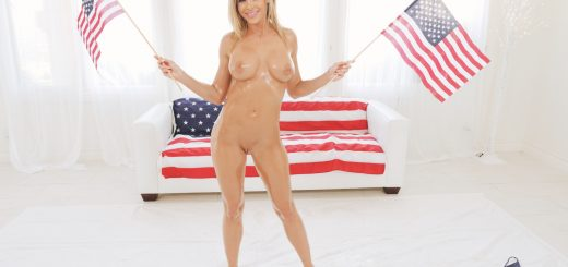 Jessa Rhodes in Wet and Wild on Independence Day 5